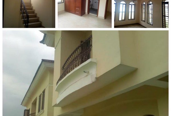 4Bedroom Duplex with BQ all En suite FOR SALE