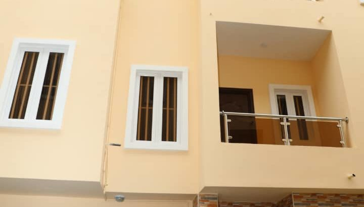 3 Bedroom Apartment with a BQ in Onikoyi
