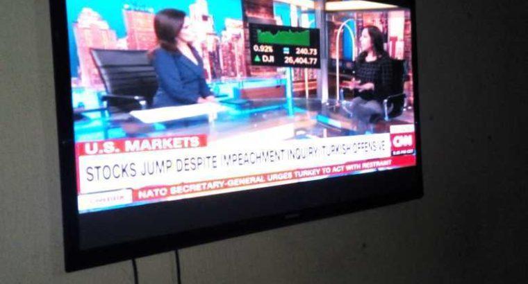 50″  SAMSUNG FLAT SCREEN TV SET FOR SALE