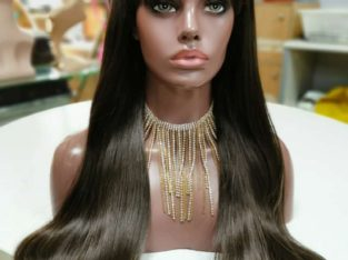 Straight wig synthetic 24 inches