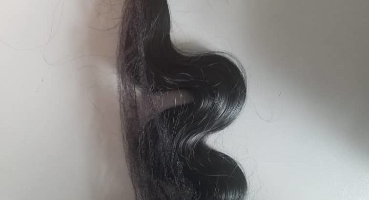Body waves synthetic hair 18 inches