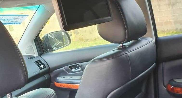 Lexus 350