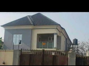5 bedroom duplex for sale