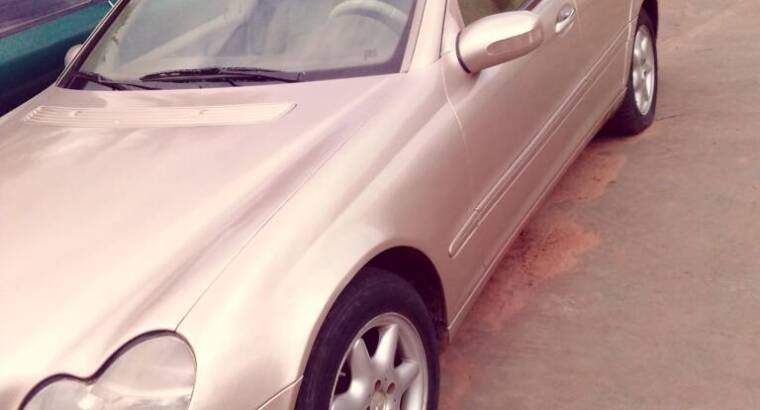 Neat Benz C240 For Sale
