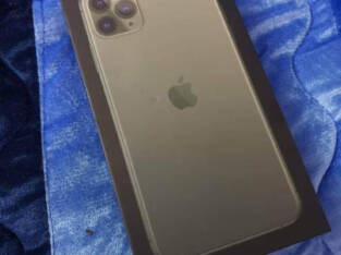 Clean apple iPhone 11 pro max for sale