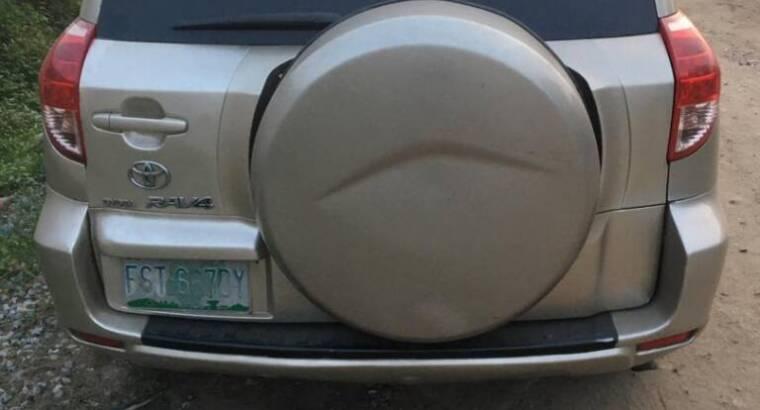 Registered 2006 Toyota RAV4