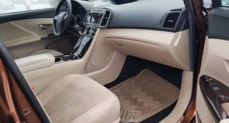 Toyota Venza for Hire