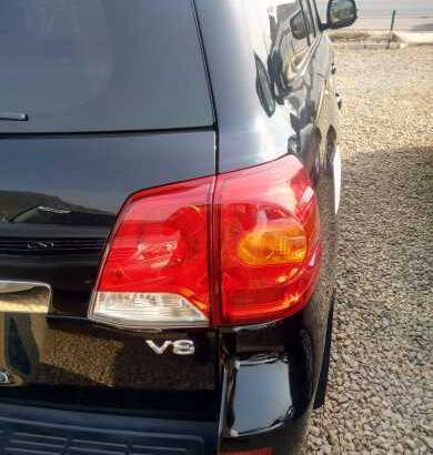 the opportunity to owned a Toyota SUV is now opened at the best price and yet negotiable