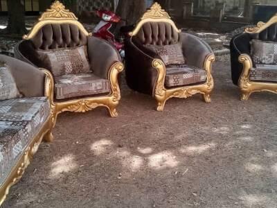 Royal chairs