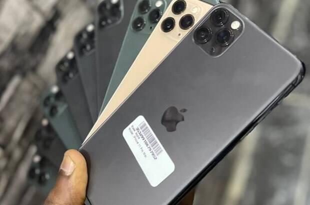 Premuim uk used    IPhone 11 Pro max    64GB    10